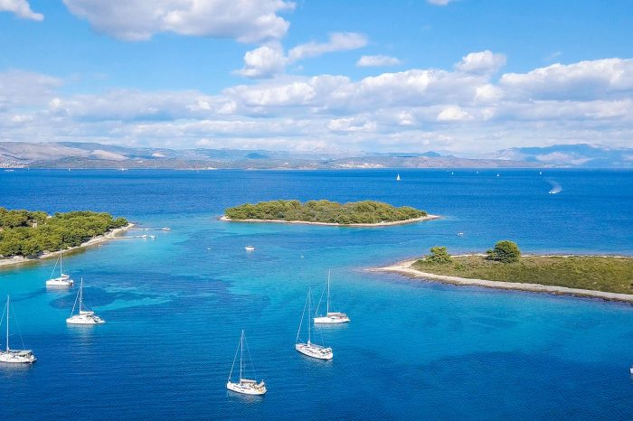 Blue Lagoon & Trogir, 3 Islands Half Day Tour